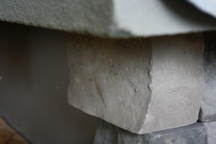 Airstone corners