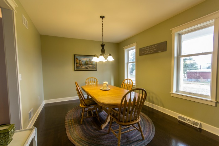 dining room green