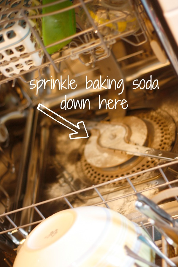 How to use baking soda in the dishwasher