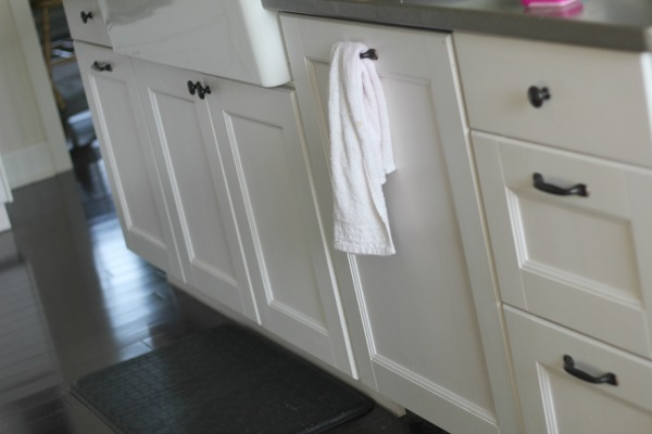 ikea cabinets with farmhouse sink • Binkies and Briefcases