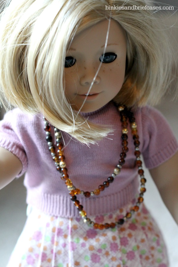 necklace for Kit doll