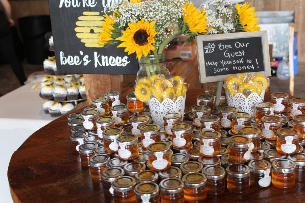 honey pot wedding favors
