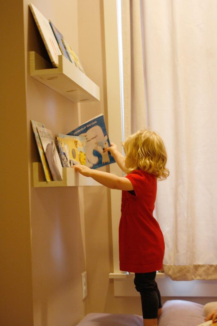 reading shelves