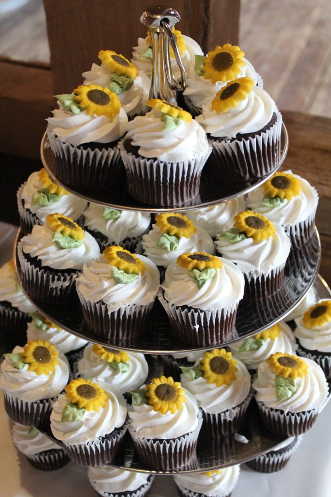 sunflower cupcakes for a wedding